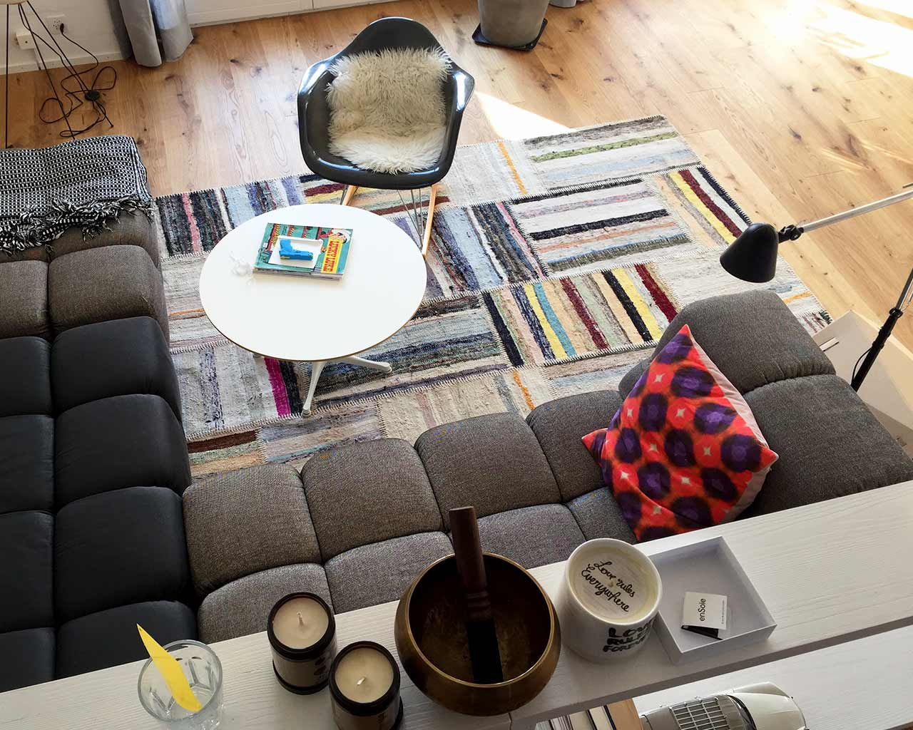natural colours rag rugs vintage white table grey sofa inspiration