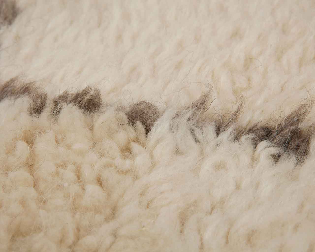 white grey woolen carpets shipped directly from makers 1